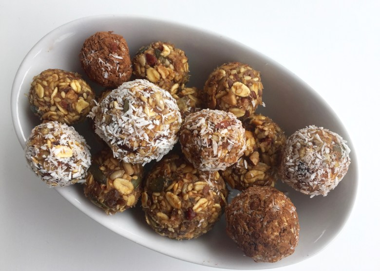 Peanut butter powerballs