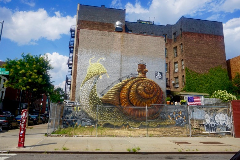 Street Art Makatron, Williamsburg, Brooklyn, New York