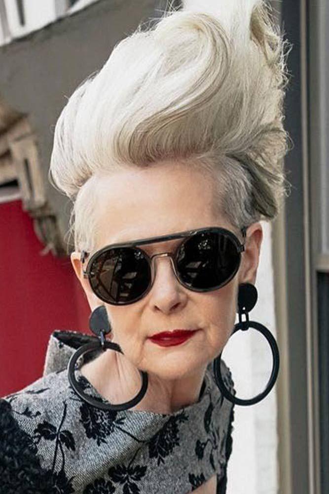 Femme De Plus De 50 Ans : femme, Style, Femme, Incroyablement, Belles, Coupes, Cheveux, Courts, Femmes, Magazine, Inspiration, Parents,, Modern, Fashion, Lifestyle
