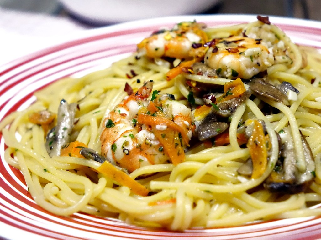 spaghetti, noodles, mushroom food not to eat in Thyroid