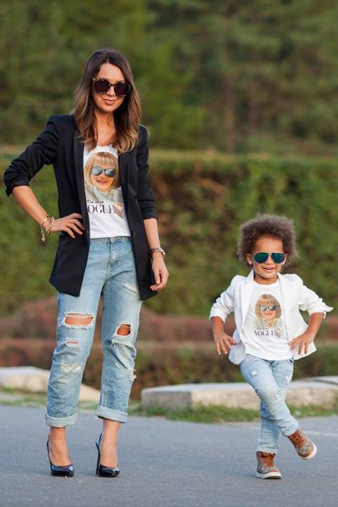 mother-daughter-matching-outfits-4