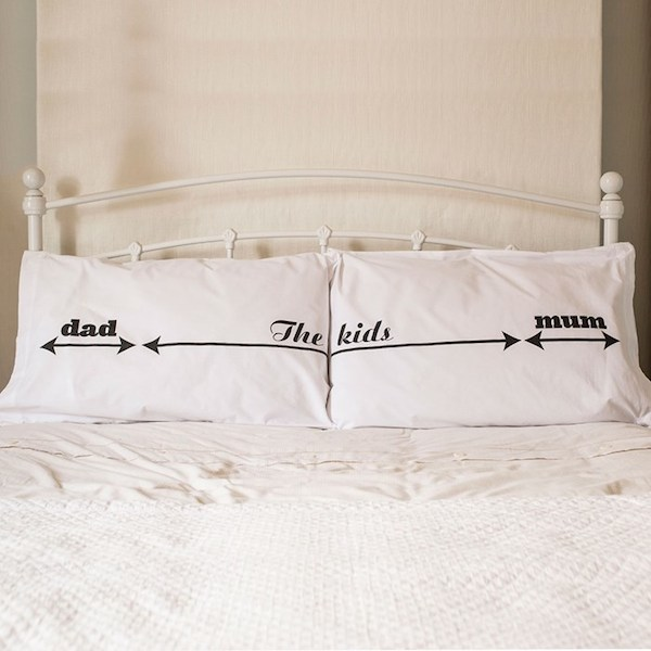 space-invader-cotton-pillowcases_a