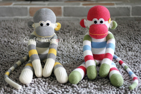 amigurumi-monkey-twin