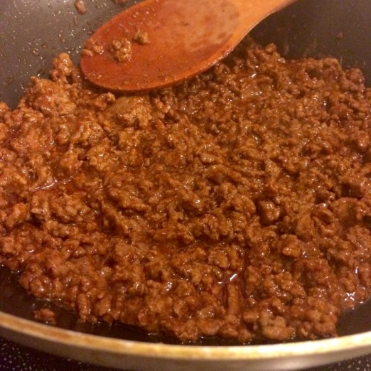 Let McCormick Skillet Sauce simmer away for a minute or so - I think I left mine like 3 or 4 minutes while I set the table