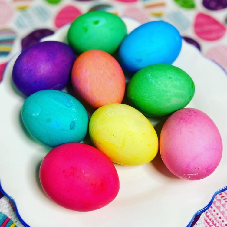 How To Dye Easter Eggs With Food Coloring Instant Pot Hard Boiled Eggs Recipe Mom S Bistro