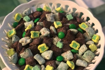 st pattys puppy chow