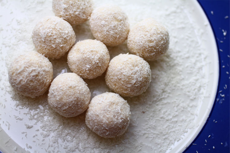 Fat bombs make the BEST keto desserts! You'll love these Keto fat bomb recipes!