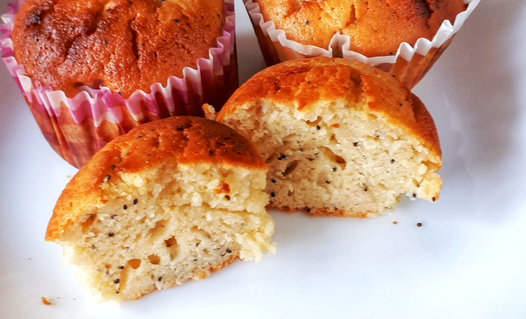 Lemon poppyseeds muffins made with Greek yogurt are keto, low carb, sugar-free and super moist. This is the best lemon poppyseeds muffins 