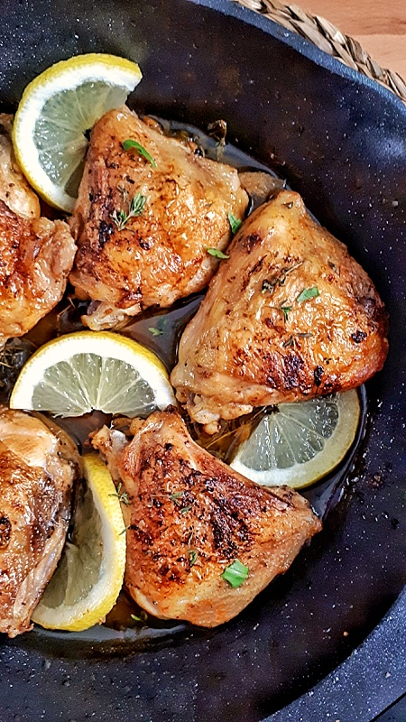 These easy-crispy garlic lemon chicken thighs are pan-seared to brown then oven baked to cook through. This recipe is keto, low carb and whole30 meal.