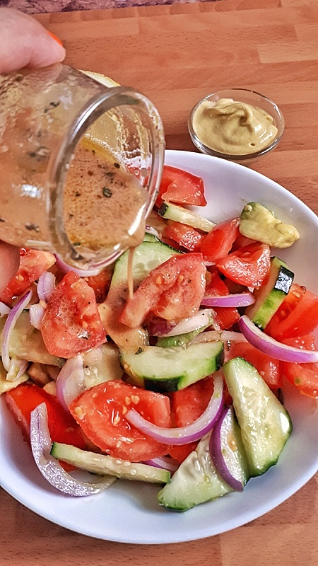 "Cucumber tomato salad is refreshing and easy low carb and whole30 side dish that's perfect to throw together on a hot summer day! #salad ""keto"