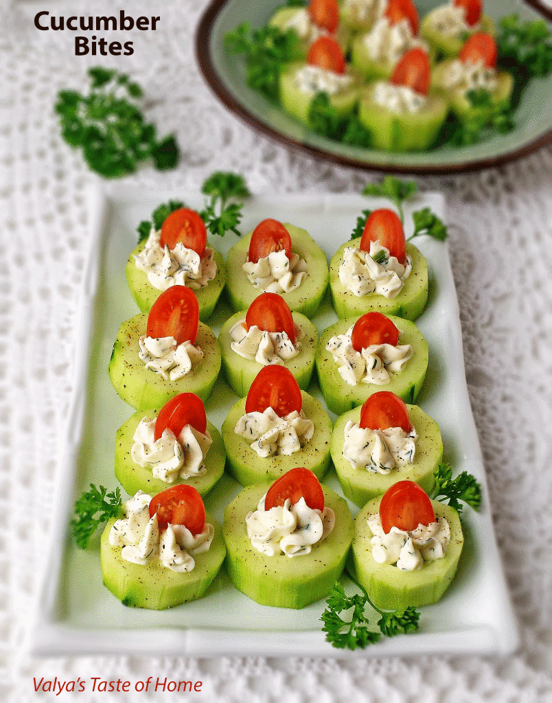 These are my favorite make-ahead Christmas Appetizers to feed a crowd. These 15 ideas will keep your holiday party moving. #christmasappetizers