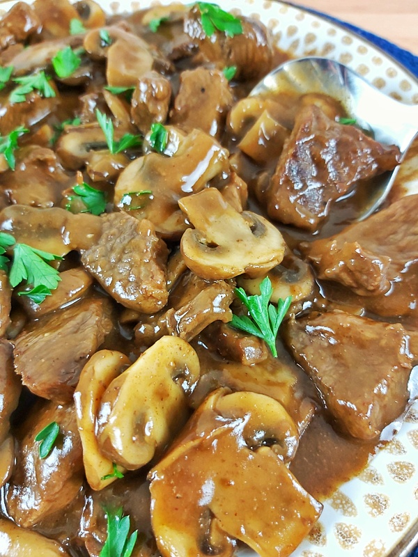 These Keto Asian Beef Tips simmered in a savory mushroom gravy are easy to make, and are the perfect dinner option that the whole family will love.