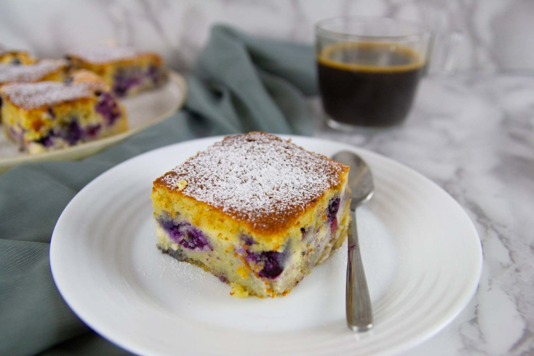 Keto Blueberry Coffee Cake is a delicious treat for breakfast, brunch, or coffee time. This cake is sure to please any crowd.