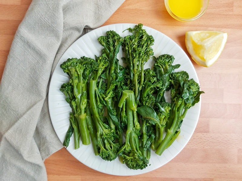 This easy sauteed broccolini recipe with garlic lemon butter takes only 10 mins to make and perfect side dish for your weeknight dinner. #sidedish #ketorecipes #lowcarb #broccolini
