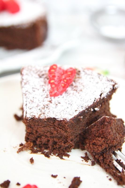 This keto flourless chocolate cake is moist, fudgy, rich, decadent, and the perfect dessert for any celebration. This is the best flourless chocolate cake recipe ever!