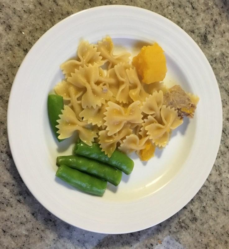 Kid's plate pasta, butternut squash & sugar snap peas