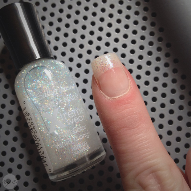 First Attempt Semi Transpa Natural Nail Tip With Clear Acrylic In A Form I Polished Just The Tips Sally Hansen Disco Ball