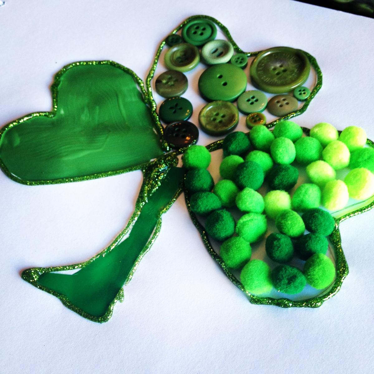 Mixed Media Shamrock Craft For Preschoolers