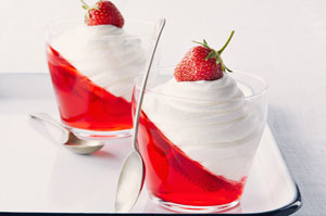 JELL-O-Strawberry-Parfait-64223