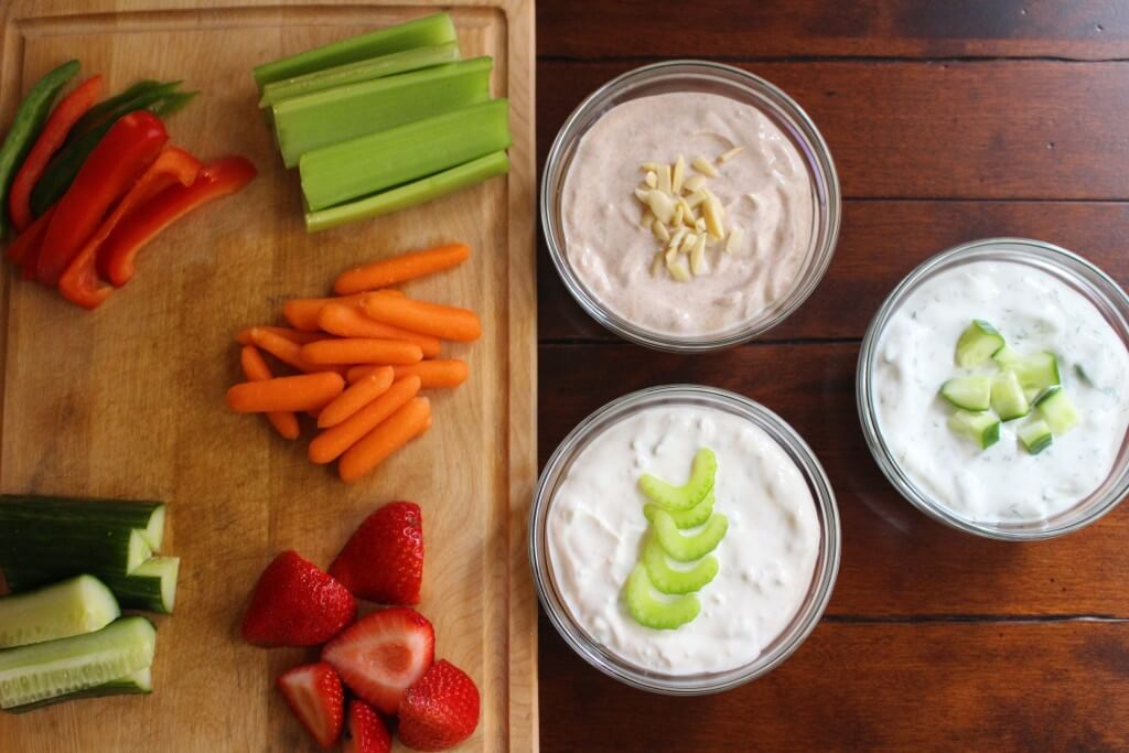 Greek Yogurt Dip is a perfect spread and dip for fresh fruit and vegetables and packed with essential nutrients like protein and calcium @momnutrition