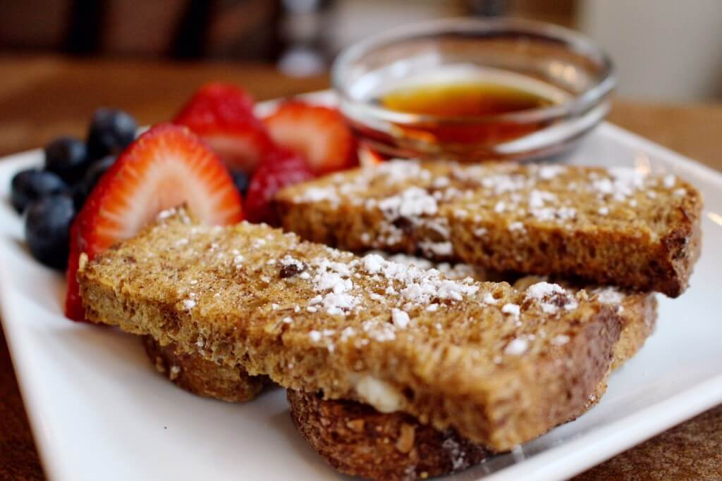 Baked French Toast Sticks @katieserbinski