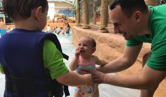 What It's Like Traveling to a Waterpark with Toddlers
