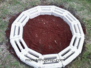 DIY backyard fire pit | Mom with a Prep
