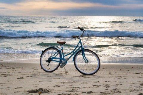 Comment se mettre facilement au vélo ? Vélo sur la plage - mon alter éco