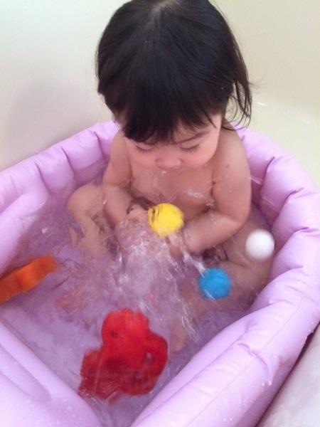 お風呂や水遊びをしよう!