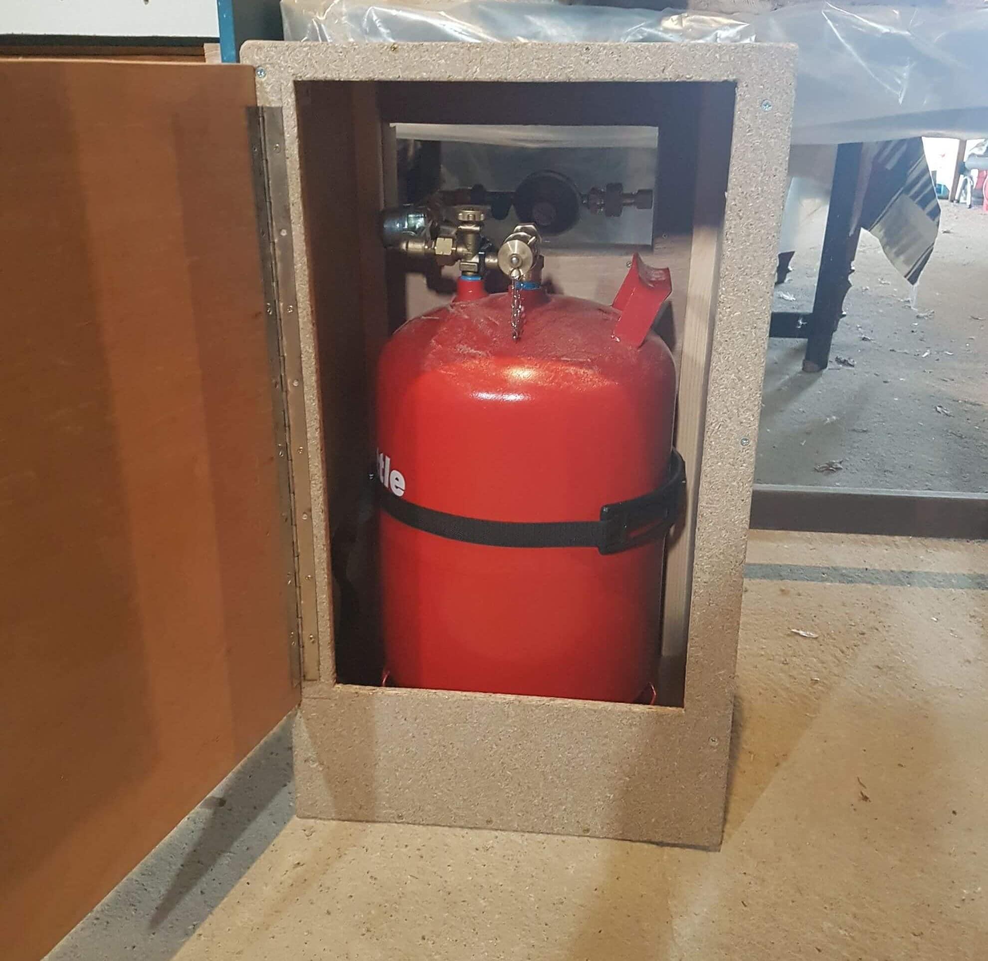 caisson etanche pour bouteille de gaz