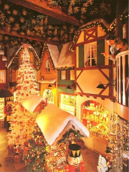 La boutique de Noël à Riquewihr © La Féérie de Noël