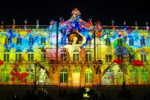"""Le spectacle estival """"Rendez-Vous place Stanislas"""". Photo par French Moments"""