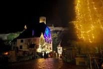 Le pont fortifié de Kaysersberg à Noël © French Moments