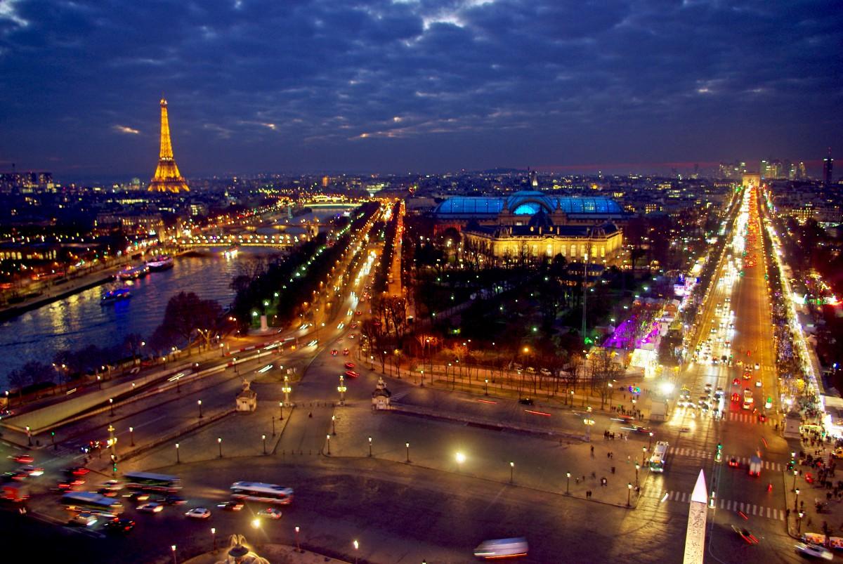 D couvrir paris la nuit le plus beau parcours mon for Piscine de nuit paris