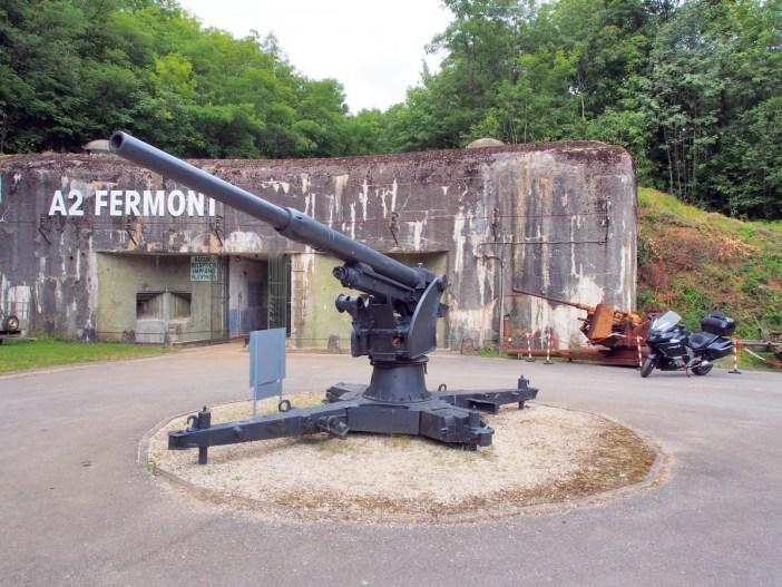 L'entrée du fort de Fermont © AlfvanBeem - licence [CC0] from Wikimedia Commons