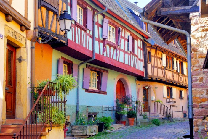 Autour de Colmar - Eguisheim, Alsace © French Moments