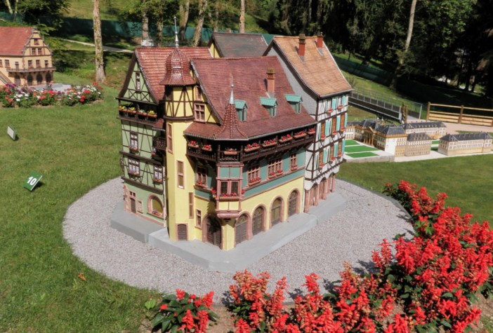 Parc miniature Alsace Lorraine © Patineurjul - licence [CC BY-SA 3.0] from Wikimedia Commons