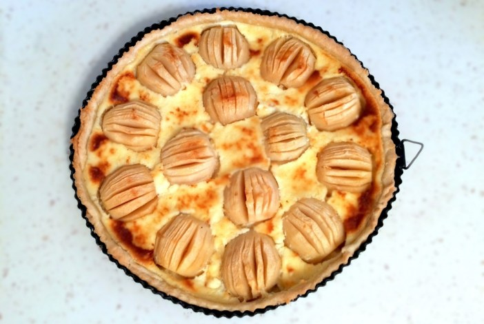Tarte aux Pommes alsacienne © French Moments