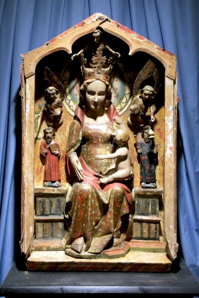Vierge allaitant, Eglise d'Aime © French Moments