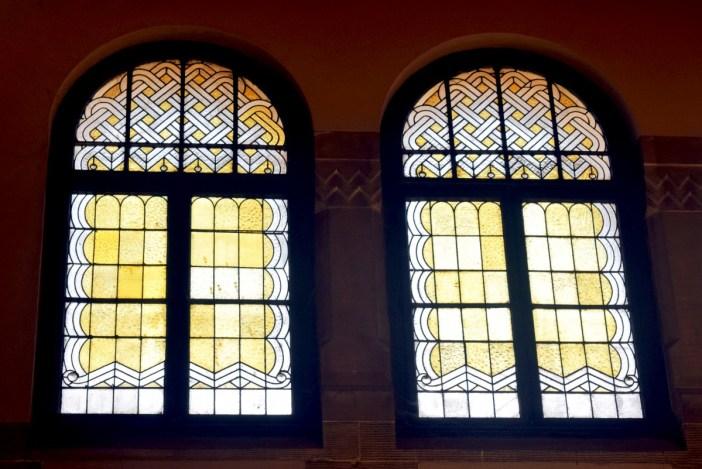 Vitraux de Metz - Hall des Départs, Gare de Metz © French Moments