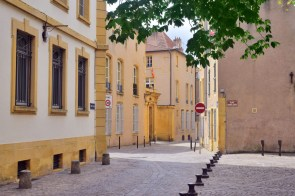 Place Sainte-Croix Metz © French Moments
