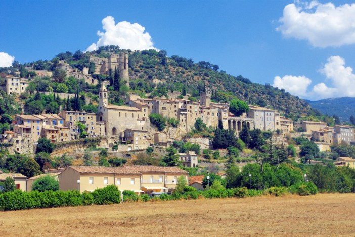 Montbrun-les-Bains © French Moments