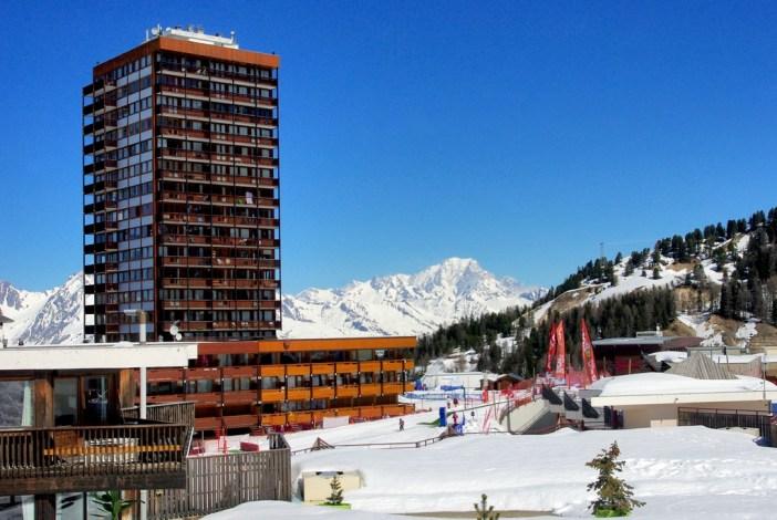 Plagne Centre avec vue sur le mont Blanc © French Moments