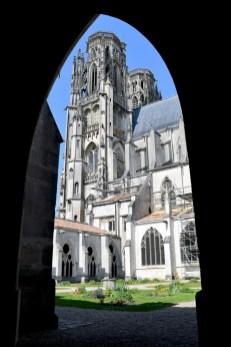 Cloître de la cathédrale de Toul © French Moments