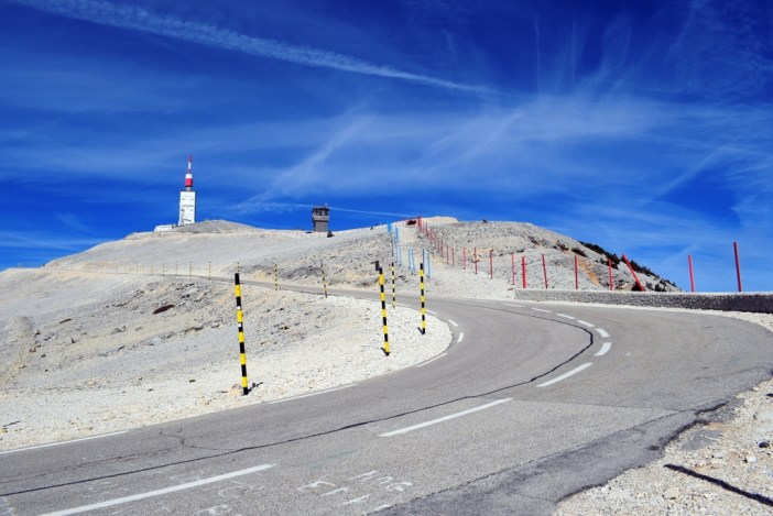 Au sommet du Mont Ventoux © French Moments