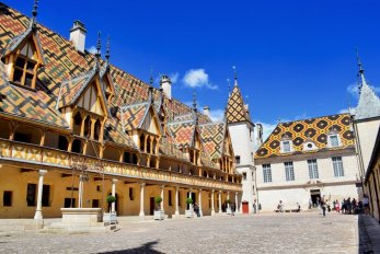 Les hospices de Beaune © French Moments