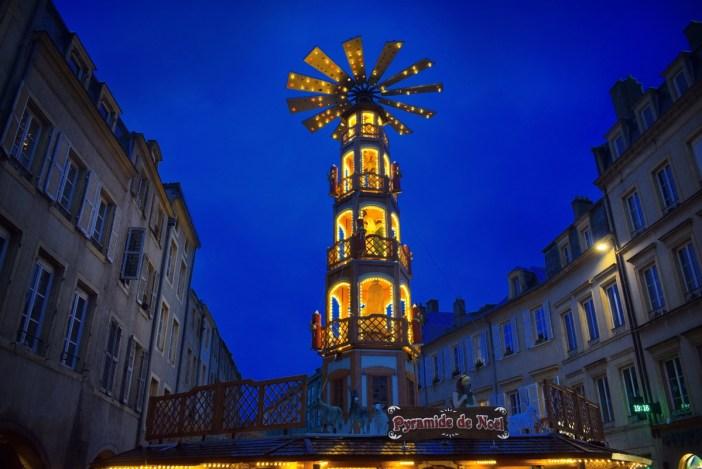 Pyramide de Noël à Metz © French Moments