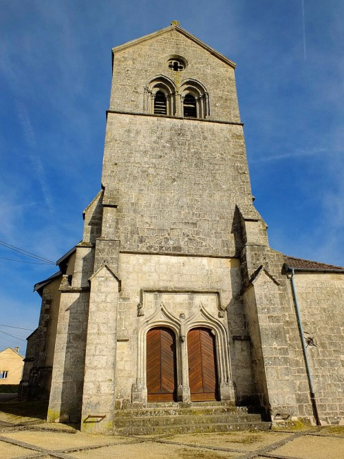 L'église Saint Elophe © Sarah Ozolins - licence [CC BY-SA 4.0] from Wikimedia Commons