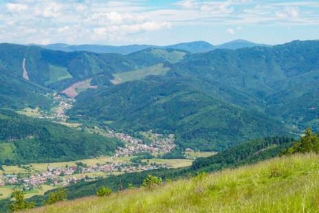 La vallée de la Doller depuis les sommets vosgiens © French Moments