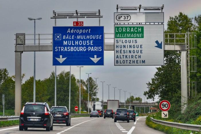 Panneaux autoroutiers France © French Moments